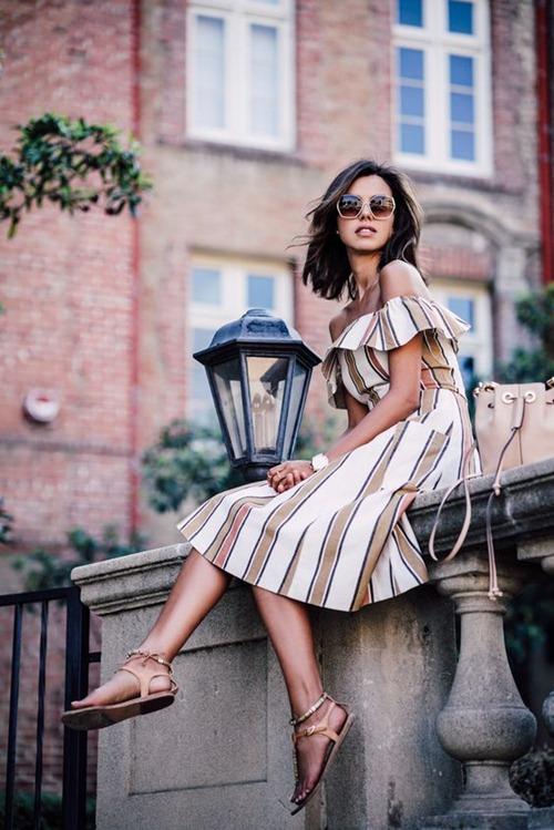 Nếu đã thích một chiếc váy kẻ, đừng chần chừ! - 7