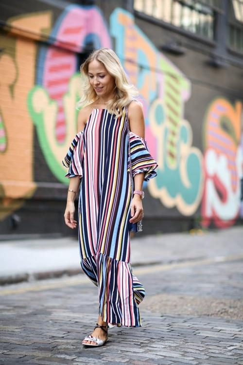 Nếu đã thích một chiếc váy kẻ, đừng chần chừ! - 11