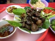 """Ẩm thực - """"Truy tìm"""" những quán ốc ngon đình đám ở Hà Nội"""