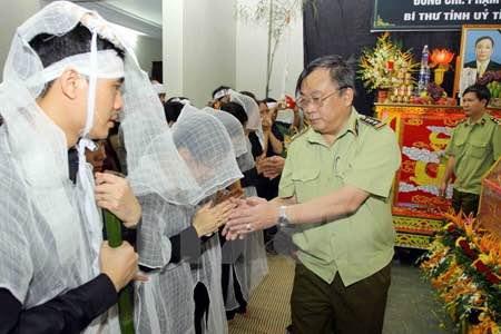 Thứ trưởng Bộ CA chỉ đạo điều tra vụ 2 lãnh đạo Yên Bái bị bắn