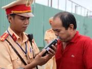 """Tin tức trong ngày - CSGT hóa trang không có quyền xử lý """"ma men"""""""