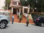 Tin tức trong ngày - Vì sao Đỗ Cường Minh mang được súng vào Tỉnh ủy Yên Bái?