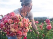 Bạn trẻ - Cuộc sống - Cô gái trẻ chứng minh bán hoa là nghề tuyệt vời nhất