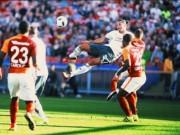 Bóng đá - 10 siêu phẩm trước mùa: Ibra ngả bàn đèn đọ Suarez