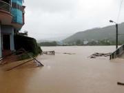Tin tức trong ngày - Quảng Ninh: Một huyện bị cô lập hoàn toàn trong nước lũ
