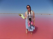 Thế giới - Hồ nước chuyển màu hồng bí ẩn ở Siberia