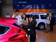 Thị trường - Tiêu dùng - Thuế tăng khiến người Việt giảm mua ô tô nhập khẩu