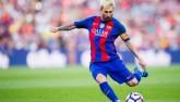Đọ tài sút xa: Messi không thua gì Ronaldo