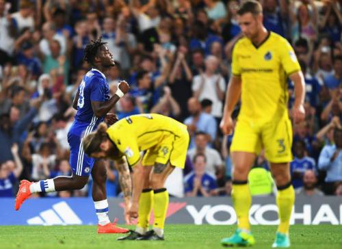 "Chelsea - Bristol Rovers: Đêm của ""gà son"" - 1"