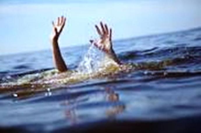 Cứu được hai trẻ đuối nước, nữ sinh 15 tuổi tử vong