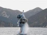"""Thế giới - """"Dằn mặt"""" Mỹ-Hàn, Triều Tiên phóng tên lửa từ tàu ngầm"""
