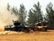 Thế giới - Xe tăng Thổ Nhĩ Kỳ vượt biên giới Syria bắn phá