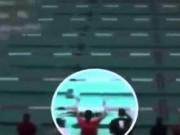 Thể thao - Michael Phelps cũng chịu: Lặn 1 hơi hết 50m bể
