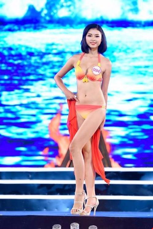 """Hoa hậu VN: Vóc dáng sexy của """"bản sao Tăng Thanh Hà"""" - 13"""