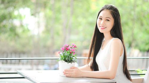 Gặp nữ sinh răng khểnh duyên nhất Hoa hậu Việt Nam - 2