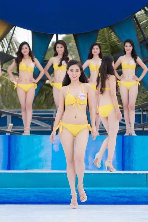 Gặp nữ sinh răng khểnh duyên nhất Hoa hậu Việt Nam - 6
