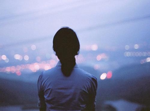"""Đắng lòng vì nhờ bạn thân """"thử"""" người yêu"""