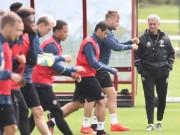 Bóng đá - MU có 2 đội hình: Cơn đau đầu dễ chịu của Mourinho