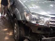 Tin tức trong ngày - Đập toác ô tô vì nghi 'bắt cóc' trẻ con