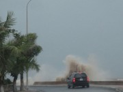 Tin tức trong ngày - Áp thấp nhiệt đới trên biển Đông suy yếu