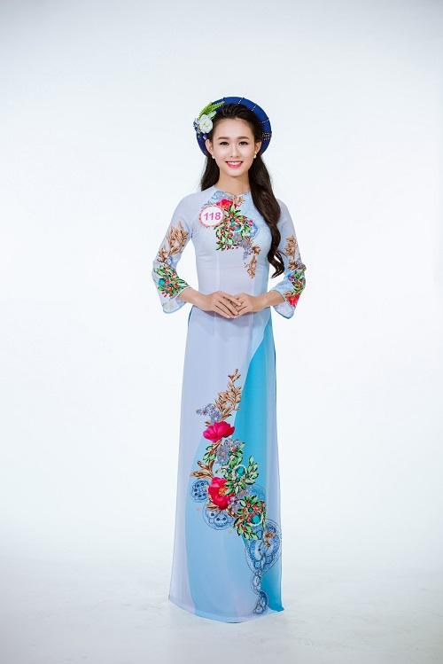 Ảnh áo dài chung kết nóng hổi của top 30 Hoa hậu VN