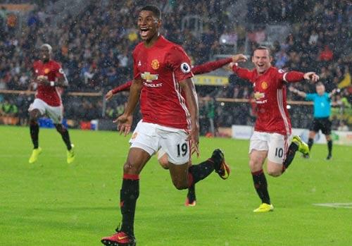 Rashford tỏa sáng, Mourinho chưa tin dùng cho derby - 1