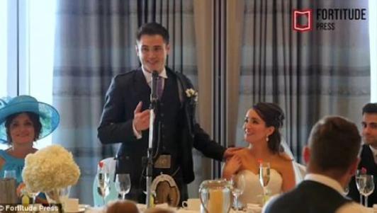 Thầy giáo nhờ học sinh gây bất ngờ trong ngày cưới