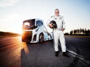 """Tư vấn - Xe tải """"Hiệp sĩ sắt"""" Volvo nhanh như Porsche 911"""