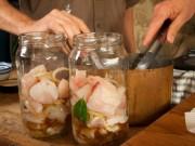 Ẩm thực - Cách làm hải sản muối ăn dần thơm ngon