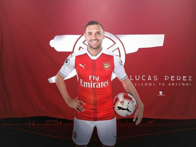 "Arsenal: ""Hàng rởm"" Lucas Perez ăn đứt Griezmann"