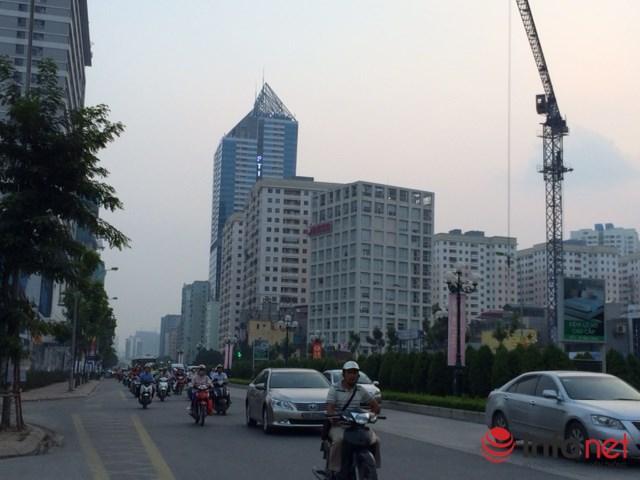 HN: Đường sá ngày càng tắc nghẹt vì chung cư bủa vây - 3
