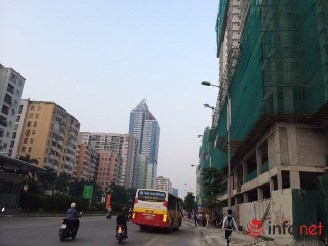 HN: Đường sá ngày càng tắc nghẹt vì chung cư bủa vây - 4