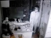 An ninh Xã hội - Siêu trộm nẫng gần nửa tỉ đồng sau vài giây phá khóa