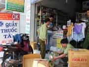 """An ninh Xã hội - Thu giữ hàng ngàn """"hàng sung sướng"""" mua từ chợ Kim Biên"""