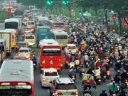 Tin tức trong ngày - Người dân rồng rắn rời Sài Gòn về quê nghỉ lễ