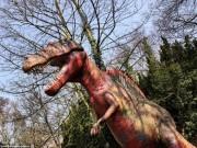 Du lịch - Vẻ bí ẩn bên trong công viên khủng long bị bỏ hoang