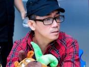 Ca nhạc - MTV - Người bố hơn 100 tuổi tức tốc từ Mỹ về thăm Minh Thuận