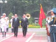 Tin tức trong ngày - Chủ tịch nước Trần Đại Quang đón Tổng thống Pháp