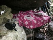 Tin tức trong ngày - Cận cảnh hang ẩn náu của hung thủ gây thảm án ở Lào Cai