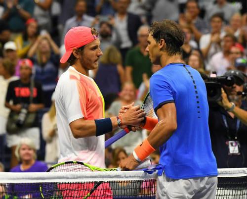 """Thua sốc, Nadal nói về chuyện """"nghỉ hưu non"""""""