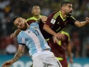 Bóng đá - Trước derby Manchester: Pep đau đầu bài toán hàng thủ