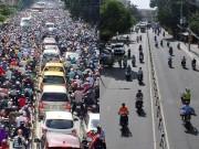 """Tin tức trong ngày - """"Rốn"""" kẹt xe vắng vẻ lạ thường, người Sài Gòn """"sốc"""""""