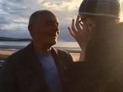 Bạn trẻ - Cuộc sống - Thiếu nữ 18 tuổi cầu hôn cụ ông 60 tuổi giữa hội chợ