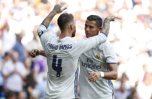 Real Madrid - Osasuna: Bữa tiệc 7 bàn thắng
