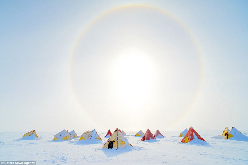 Ảnh cuộc sống ở nơi lạnh nhất trái đất - 5