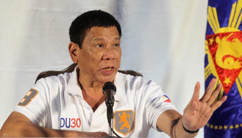 Hình xăm bí ẩn tiết lộ quá khứ của Tổng thống Philippines - Ảnh 4