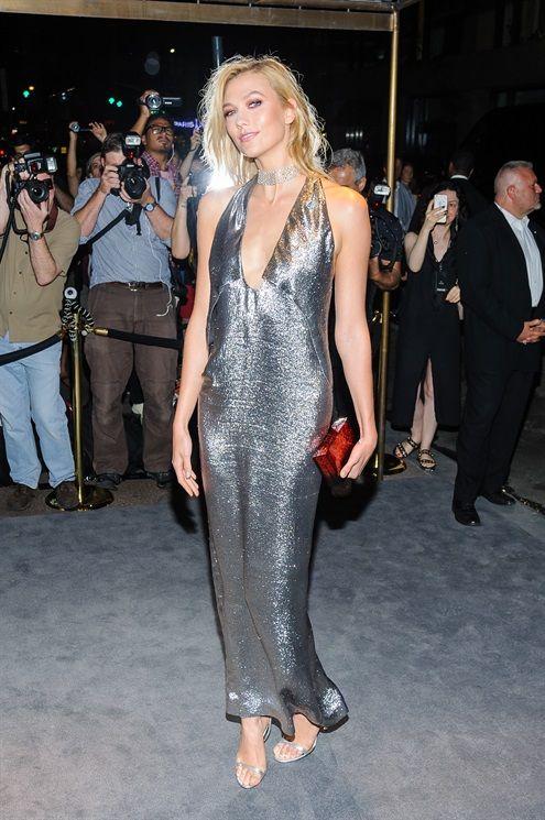 Mỹ nhân khoe thân hình gợi cảm tại New York Fashion Week