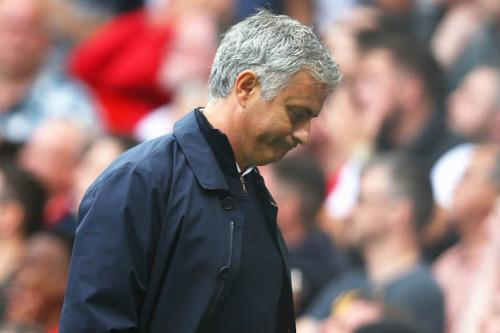 Mourinho có hơn gì Van Gaal?