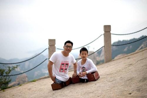 TQ: Cậu bé không chân chinh phục núi cao nghìn mét