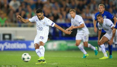 Mahrez đã lập được chiến thắng cho riếng mình khi giúp Leicester nâng tỉ số chung cuộc lên 3-0 nhờ vào cú penalty của mình